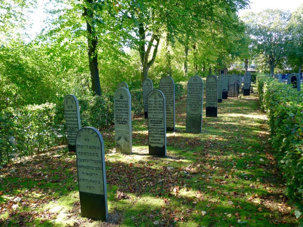 int-HH-begraafplaats uithuizen